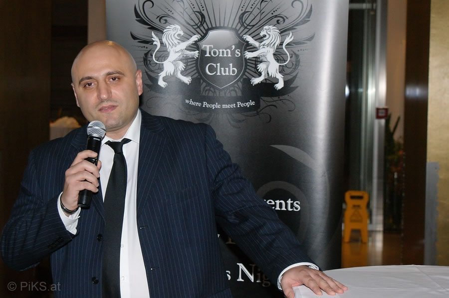 toms_business_diplomacy_012