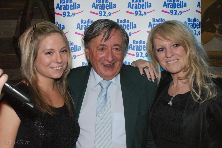 E T Club Radio Arabella