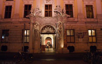 "Tom's Club ""Vienna Cercle and Palais Kinsky""3"